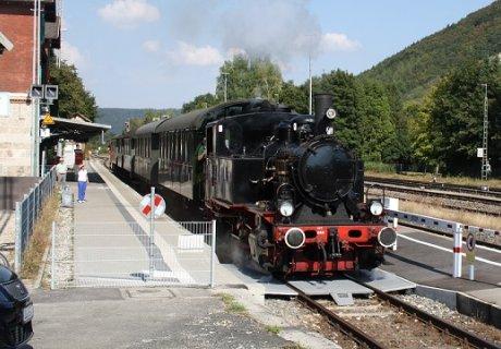 Lok 20 auf der Schwäbischen Alb-Bahn in Schelklingen