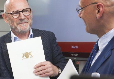 Unterzeichnung Verkehrsvertrag SAB GmbH Netz 50 Vertrauen
