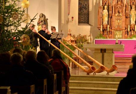 SAB-Bratapfelzuegle Konzert in der Schmiechener Kirche